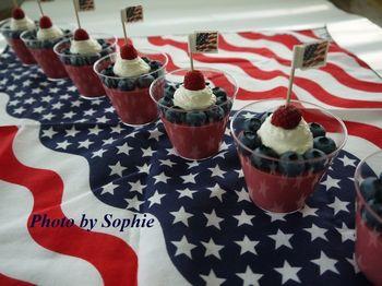 イチゴのムース・独立記念日