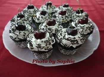 ブラックフォレスト・カップケーキ